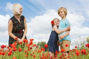 Family-photoshoot-in-poppies_Hertfordshire_SharonCooper