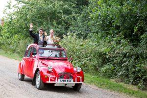 Ardely_Farm_Wedding_Hertfordshire__0011