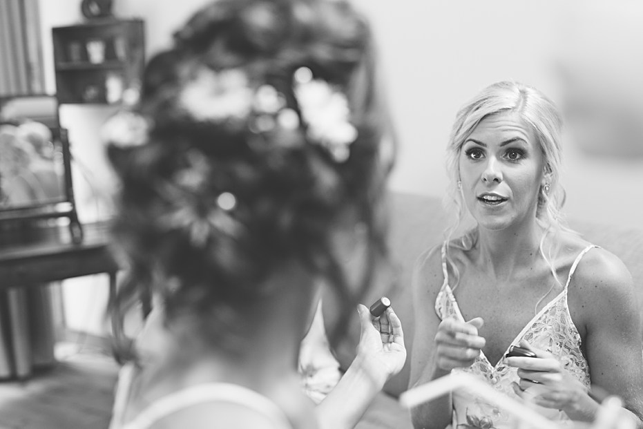 Bridal preparations The Tythe Barn Bicester Wedding Sharon Cooper_0001