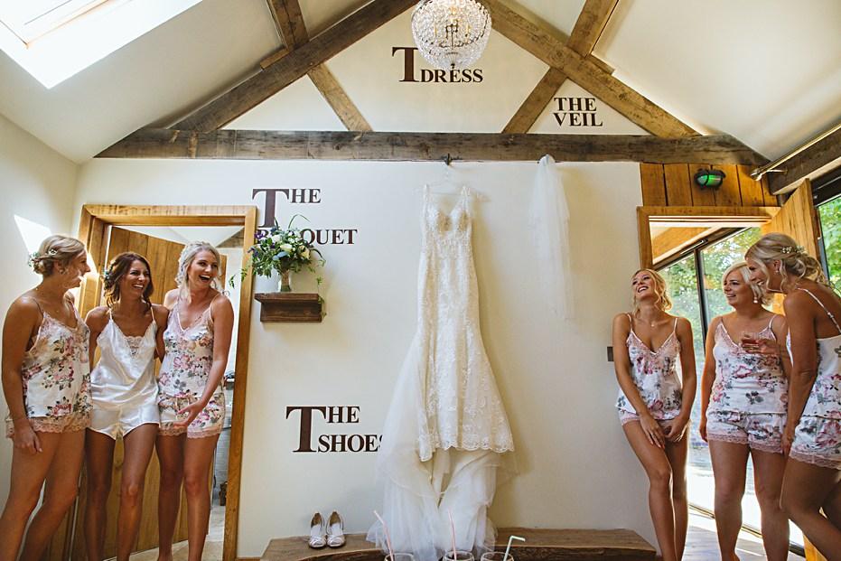 Bridal preparations The Tythe Barn Bicester Wedding Sharon Cooper_0003